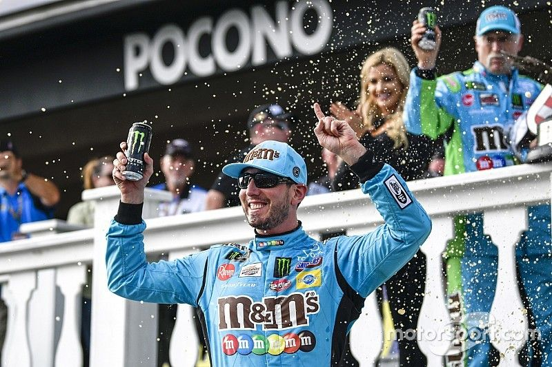 Kyle Busch earns fourth win of the season at Pocono