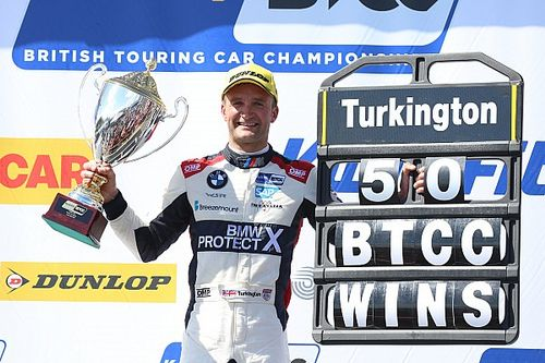Oulton Park BTCC: Turkington eases to 50th career win