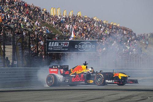 """Verstappen maximaliseert: """"Hoor nog niet voor Ferrari te staan"""""""