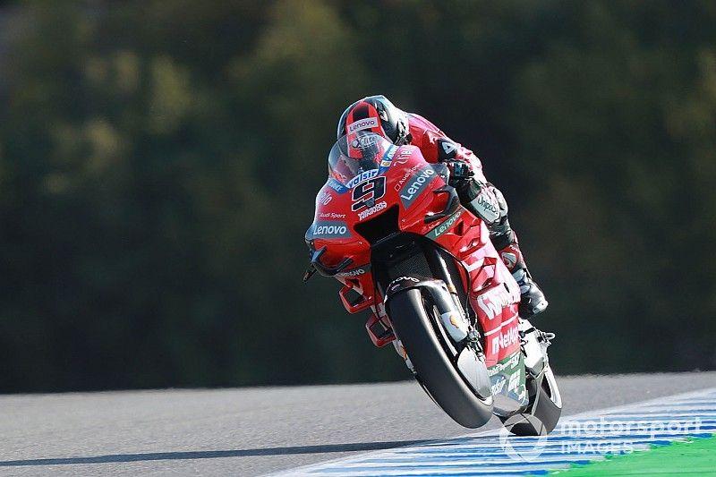 MotoGP, Jerez, Libere 2: Petrucci guida l'1-2 Ducati prima della bandiera rossa