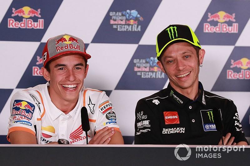 """Rossi scherza: """"Marquez ha il raffreddore? Va a finire che domani sta bene e noi abbiamo la febbre!"""""""