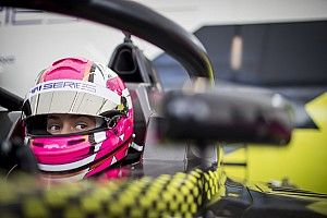 W Series, Norisring: Marta Garcia conquista la pole davanti alla Chadwvick