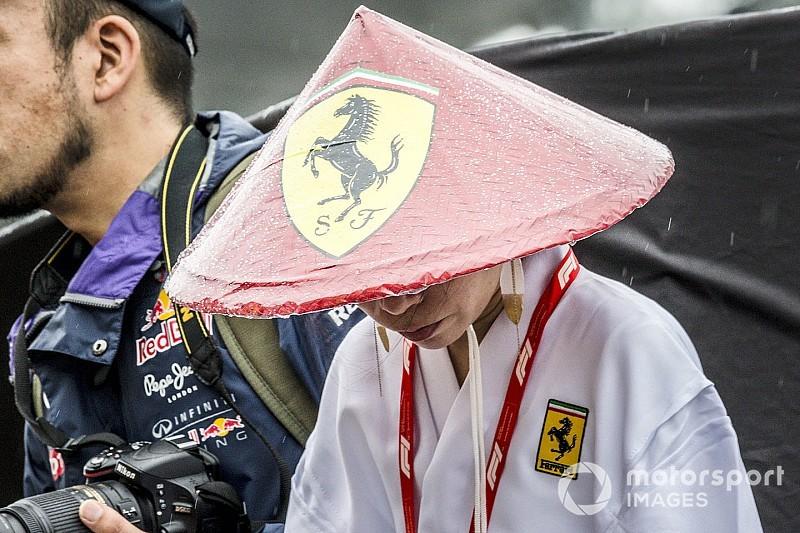 Японские болельщики встречают Формулу 1: лучшие фото четверга на «Сузуке»