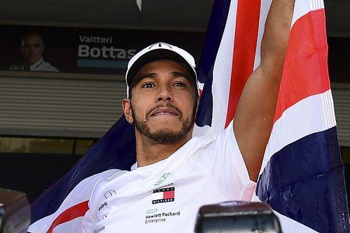 Hamilton ott van minden idők 5 legjobb F1-es versenyzője között?
