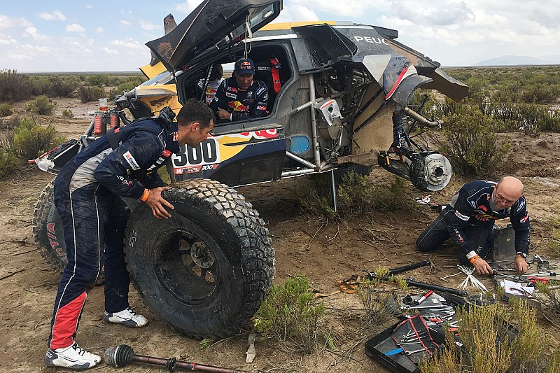 Frustrated Peterhansel explains costly Dakar accident