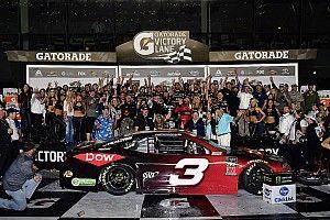 Austin Dillon trionfa a Daytona dopo una gara rocambolesca