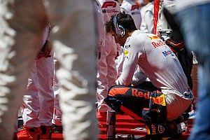 «Три гонки подряд что-то идет не по плану. Дерьмо». Риккардо пожаловался на невезение