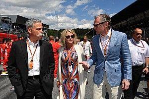 Carey: Taraftarlar F1'in Ecclestone döneminden daha iyi olduğunu söylüyor