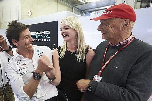 """Em visita a Lauda, Wolff revela """"humor ácido"""" do tricampeão"""