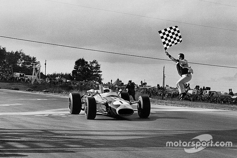 Les 10 plus belles courses du légendaire Jim Clark