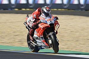 """Lorenzo: """"Después de varias vueltas no puedo pilotar con la cabeza fría"""""""