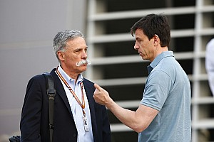 Босс Ferrari пообещал заблокировать назначение Вольфа главой Ф1