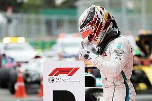 Хэмилтон выиграл безумную гонку в Баку