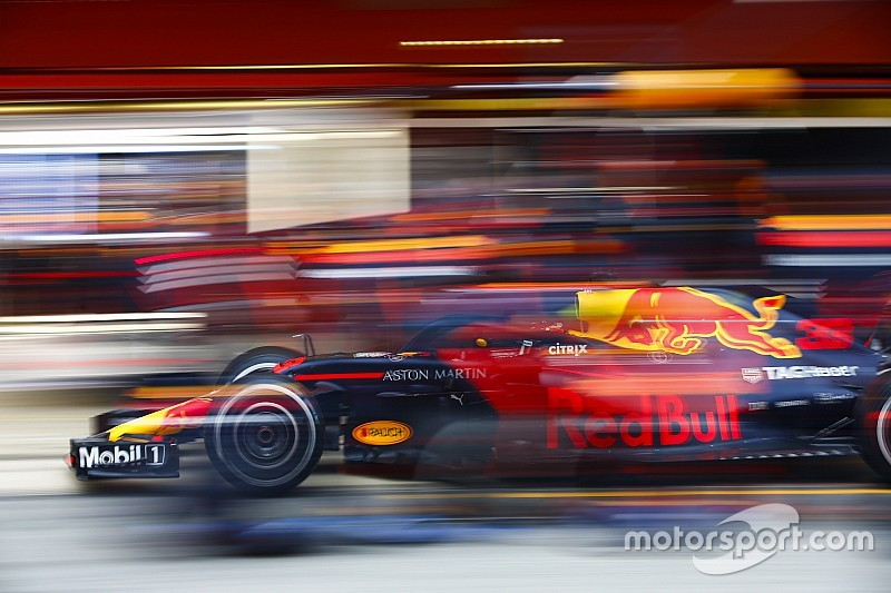 Ферстаппен упрекнул Renault в работе с Red Bull по остаточному принципу