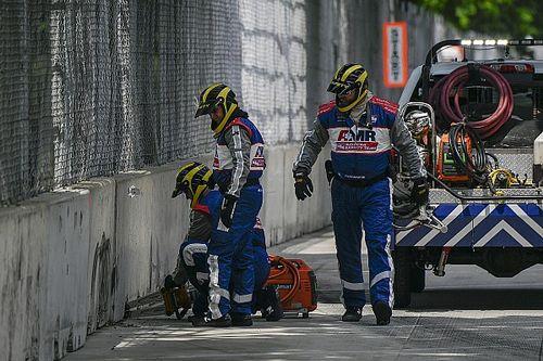 IndyCar: Falnak vágta a biztonsági autót a versenyen