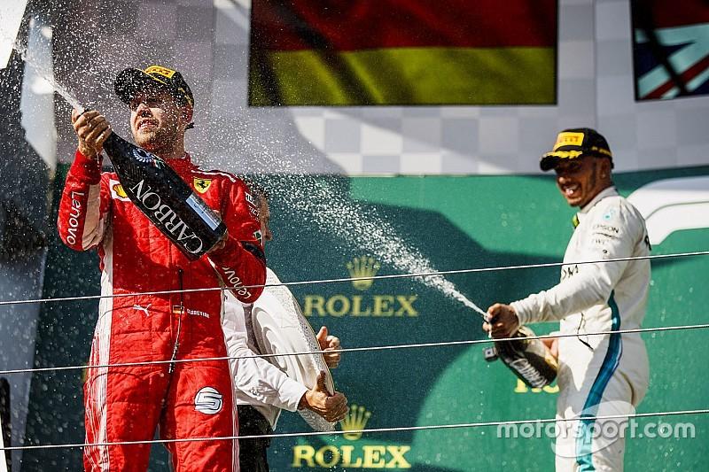 Hamilton és Vettel fej-fej mellett, Schumacher a rekorder