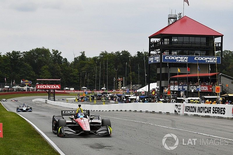 """Wickens: Backmarker, blue-flag situation was """"comical"""""""