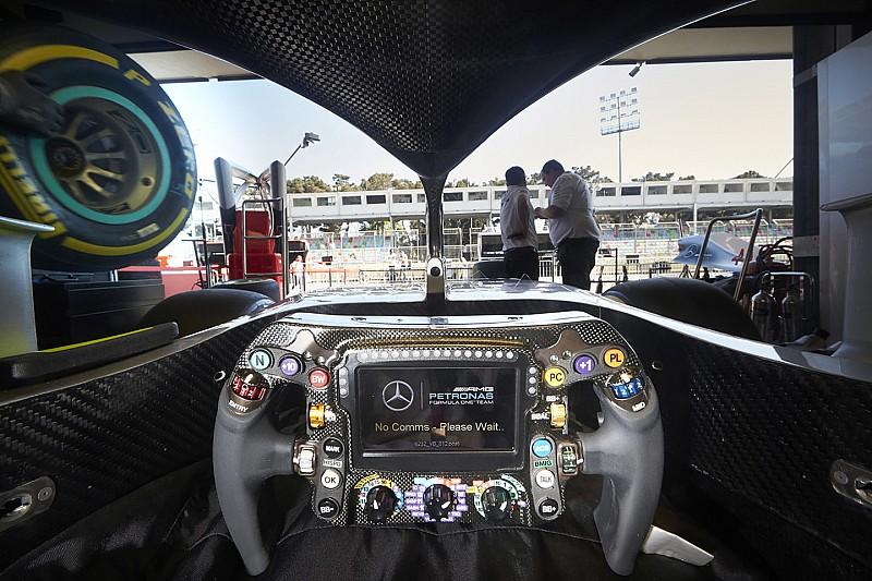 """Wolff: """"Sul volante-computer i piloti fanno una cinquantina di regolazioni al giro!"""""""