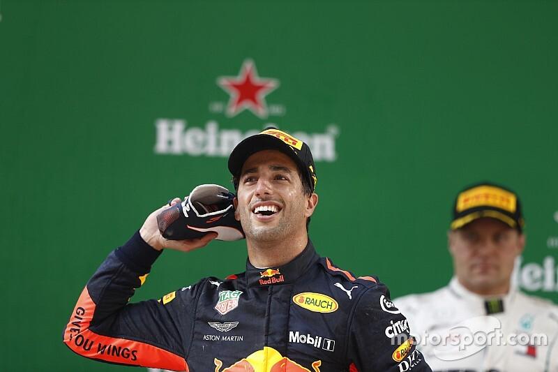 Ricciardo nyeri a szenzációs Kínai Nagydíjat, Verstappen nekihajt Vettelnek