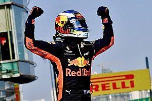 """Rosberg: """"Si fuera Ricciardo me iría a Ferrari, sabe que puede ganar a Vettel"""""""