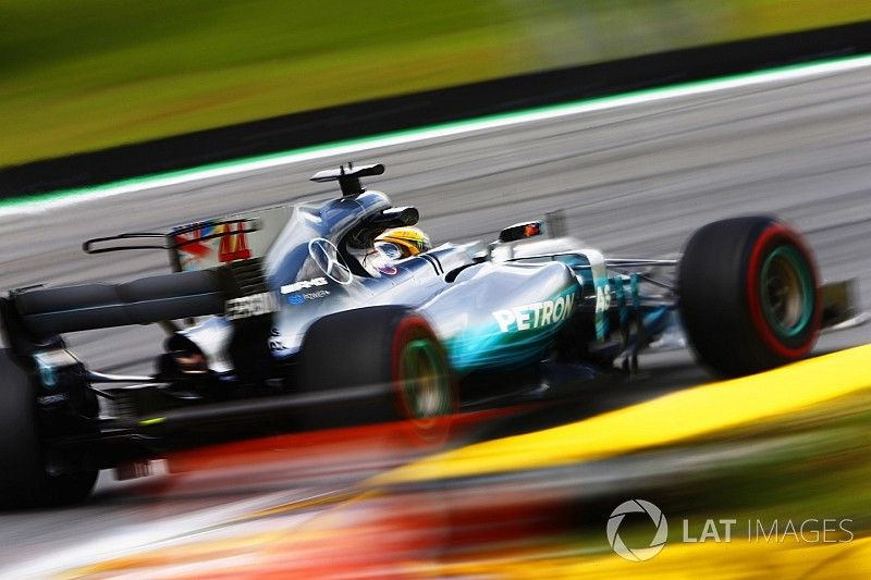 Mercedes bouwt voor 2018 'vrijwel compleet nieuwe' F1-motor