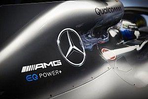 A Mercedes már nem adja, hanem kapja a 0,5 másodperceket a Ferraritól