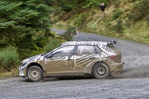 Volkswagen setzt Tests mit R5-Auto in Wales fort