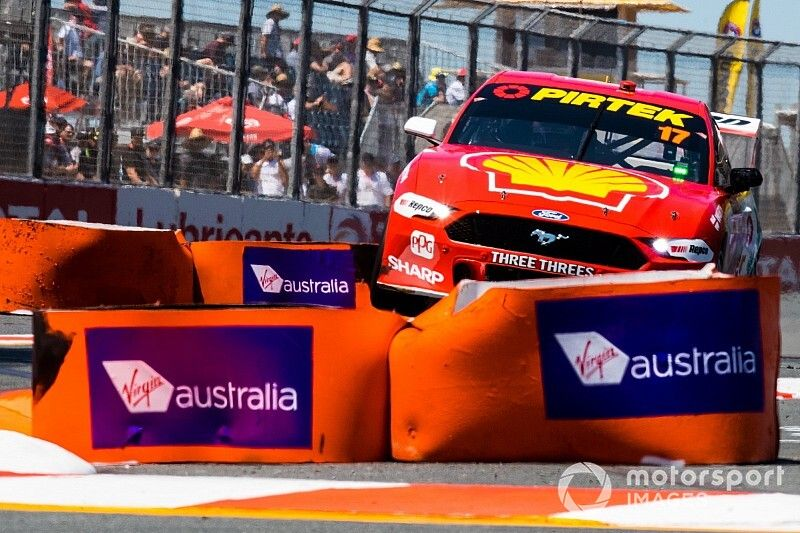 Gold Coast 600: McLaughlin on pole, Mostert hits the wall