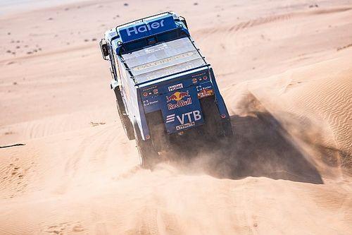 Dakar, Camion Tappa 8: Kamaz domina anche con il... fantasma