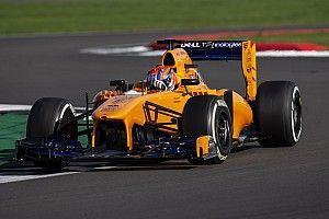 Лучший молодой британский пилот впервые проехал на болиде Ф1