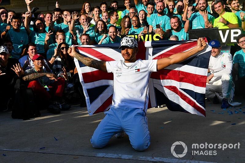 """Vettel: """"Ha valaki 6 világbajnoki címet nyer, az mindet megérdemli"""""""