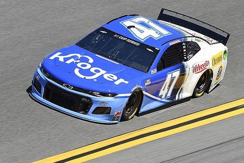 Ricky Stenhouse Jr. se lleva la pole para Daytona 500