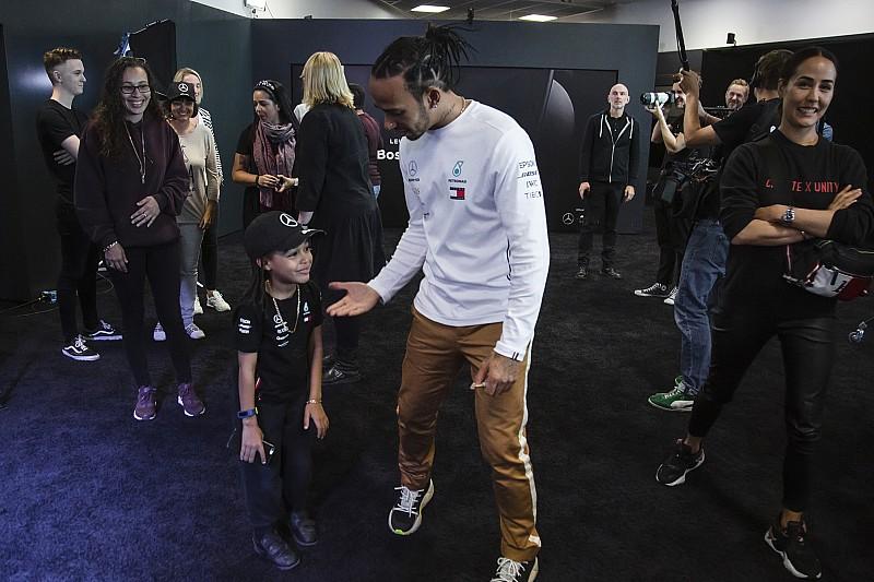 Promoted: Hamilton pranks fans at Mercedes-Benz World