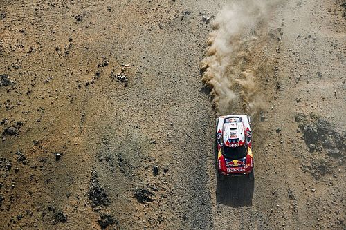 Sainz, segundo del Dakar tras una etapa 2 con drama para Alonso