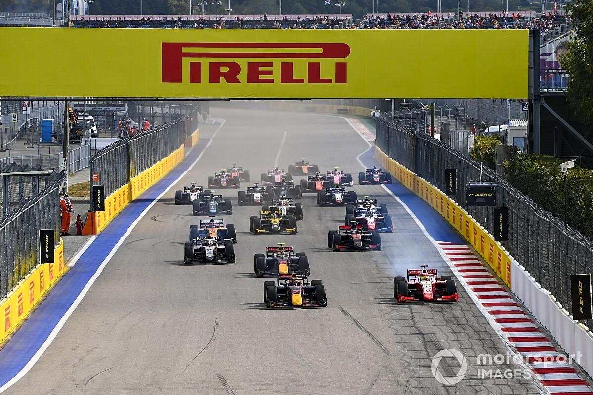 Rivoluzione F2: dal 2021 ci saranno 3 gare per weekend