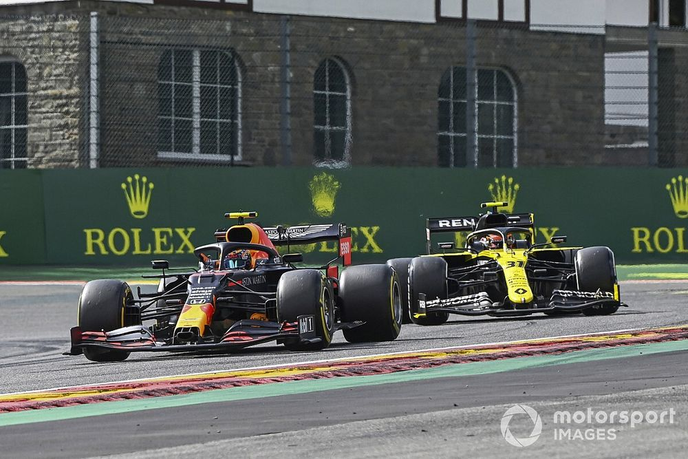 Renault vuelve a las andadas cuestionando a Red Bull