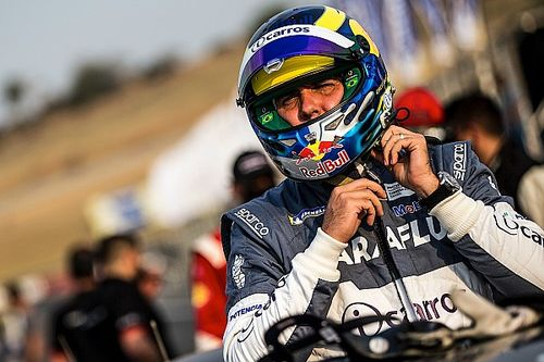 Cacá Bueno quer TCR South America como piloto e sócio de equipe, mas espera mais informações do campeonato
