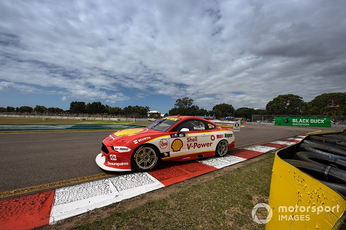 Townsville Supercars: Title contenders share Sunday poles