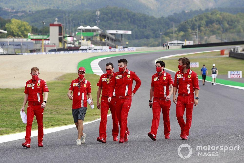 Vettel, şu anda kontratın önemli olmadığına inanıyor