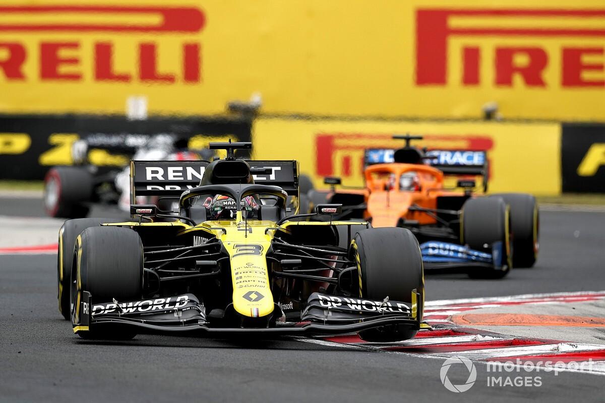 """Ricciardo: """"Renault, Ferrari'den biraz daha hızlı görünüyor"""""""