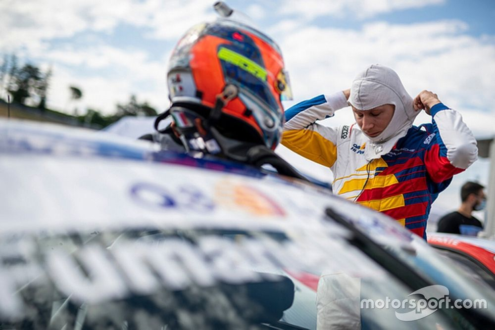 Carrera Cup Italia, Fumanelli e Q8 Hi Perform già a Misano per prendere quota