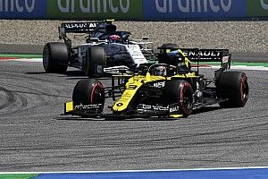 Риккардо рассказал, как потерял гонку, но спас мотор