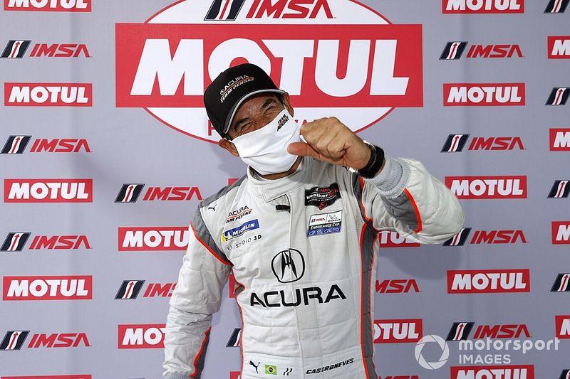 Castroneves gana la pole en Daytona y Montoya desde el cuarto