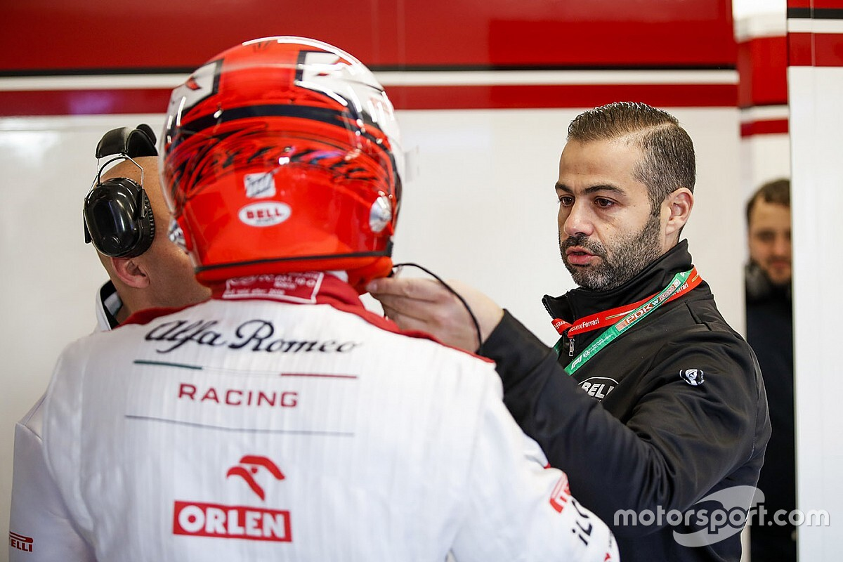 My job in F1: The helmet manager