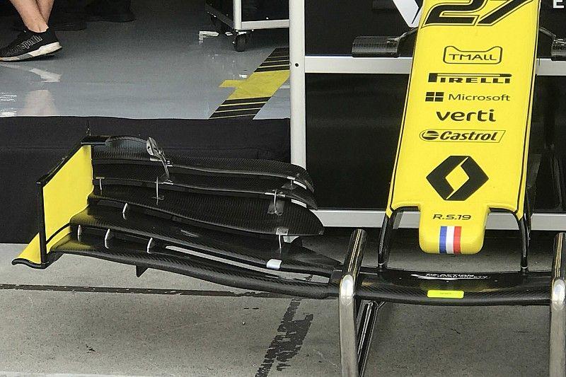 Renault: ecco il flap superiore che è stato tagliato
