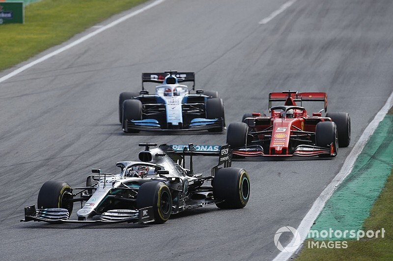 Utolsó pillanatos szabályváltoztatás az F1-ben: nő a minimumtömeg