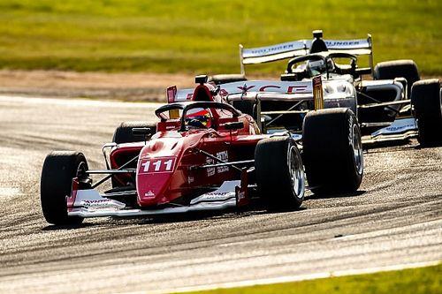 Mesmo com carro danificado, Barrichello termina 1ª bateria de classificação em sétimo na S5000