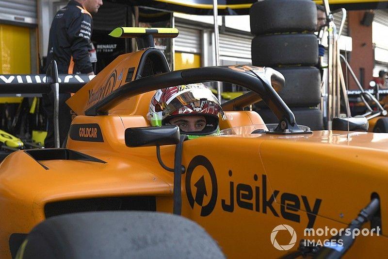 Video, F3: clamoroso botto di Peroni alla Parabolica a Monza