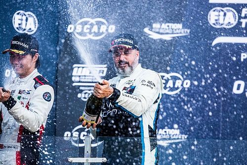 Course 1 -Yvan Muller s'impose pour Lynk & Co à Ningbo