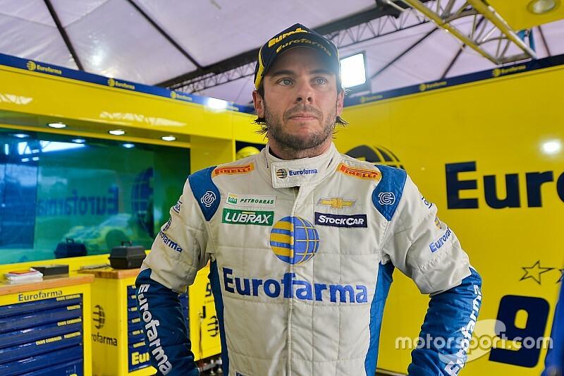 """""""Incrível"""", comemora Maurício após encerrar jejum de poles na Stock Car"""